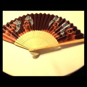 Izzy and Liv Printed Fan
